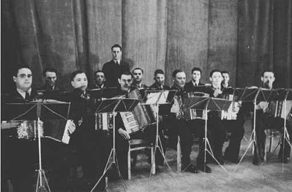 Harmonika-Vereinigung Gaggenau e.V. Orchester im Gründungsjahr 1936
