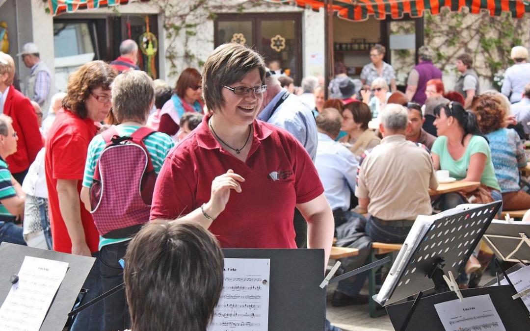 1 Orchester Kirschblütenfest